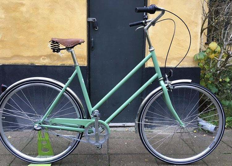 Nunu's letvægtscykel dame grøn med brooks sadl